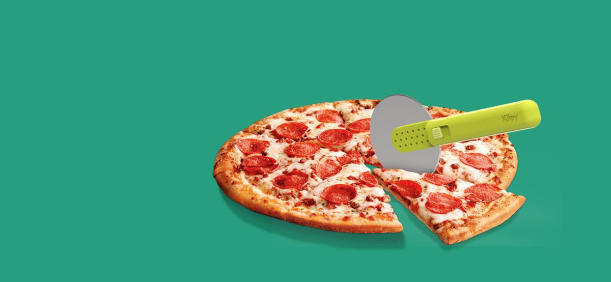 Pizza Slice & Serve, plastic products development - industrial design, industrial designer, product development, product engineering, prototype